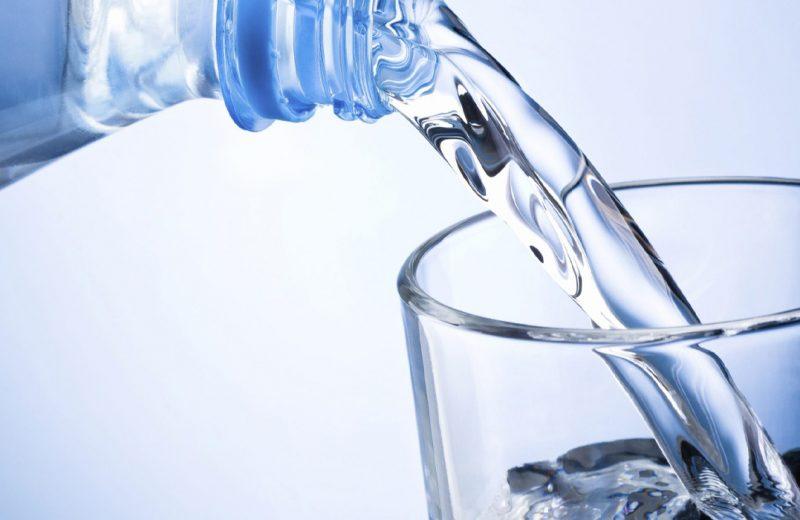 Água Destilada, Água Deionizada – Para que serve e como obter?