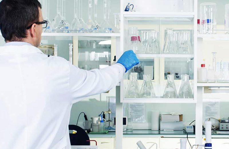 Equipamentos para laboratório-  Considerações gerais.