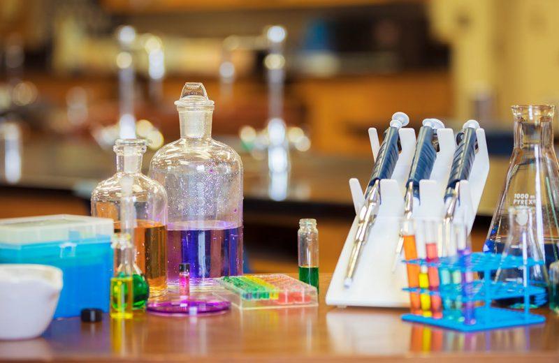 10 Artigos para Laboratório que não podem faltar em sua lista de produtos.